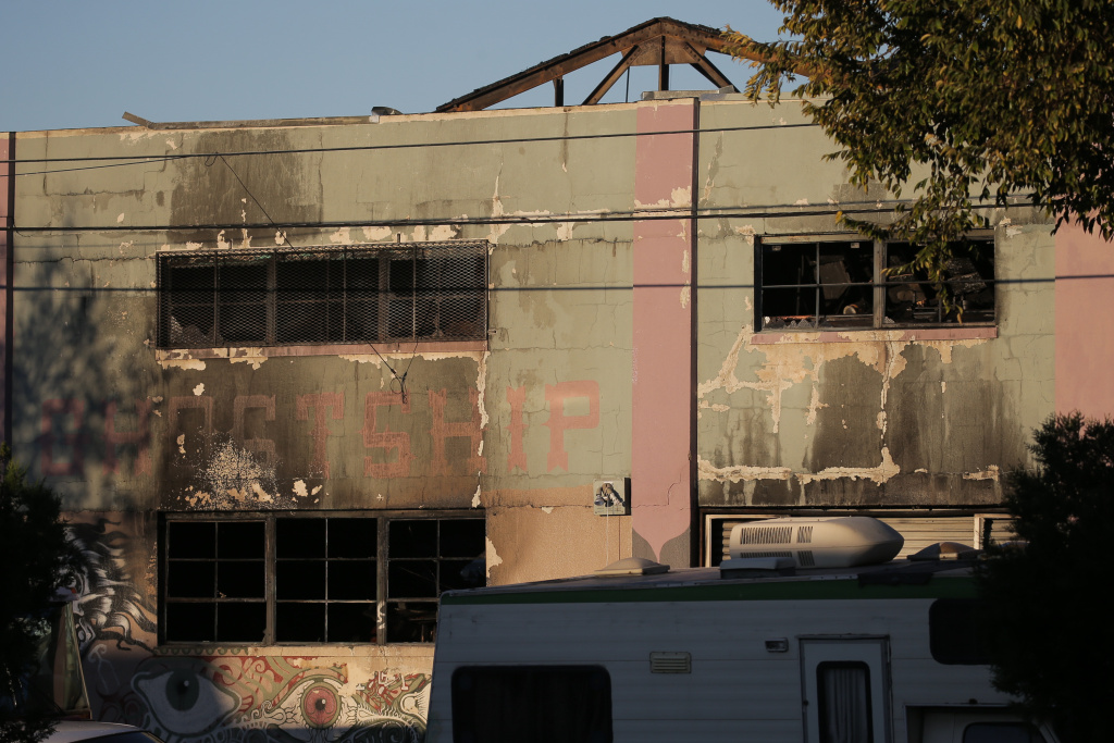 OAKLAND, CA - DECEMBER 03:  The face of a building that was the scene of a overnight fire that claimed the lives of at least nine people at a warehouse in the Fruitvale neighborhood on December 3, 2016 in Oakland, California. The warehouse was hosting an electronic music party.  (Photo by Elijah Nouvelage/Getty Images)