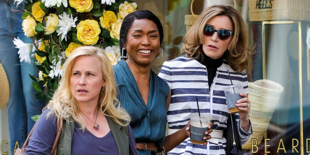 (L-R) Patricia Arquette, Angela Bassett and Felicity Huffman star in