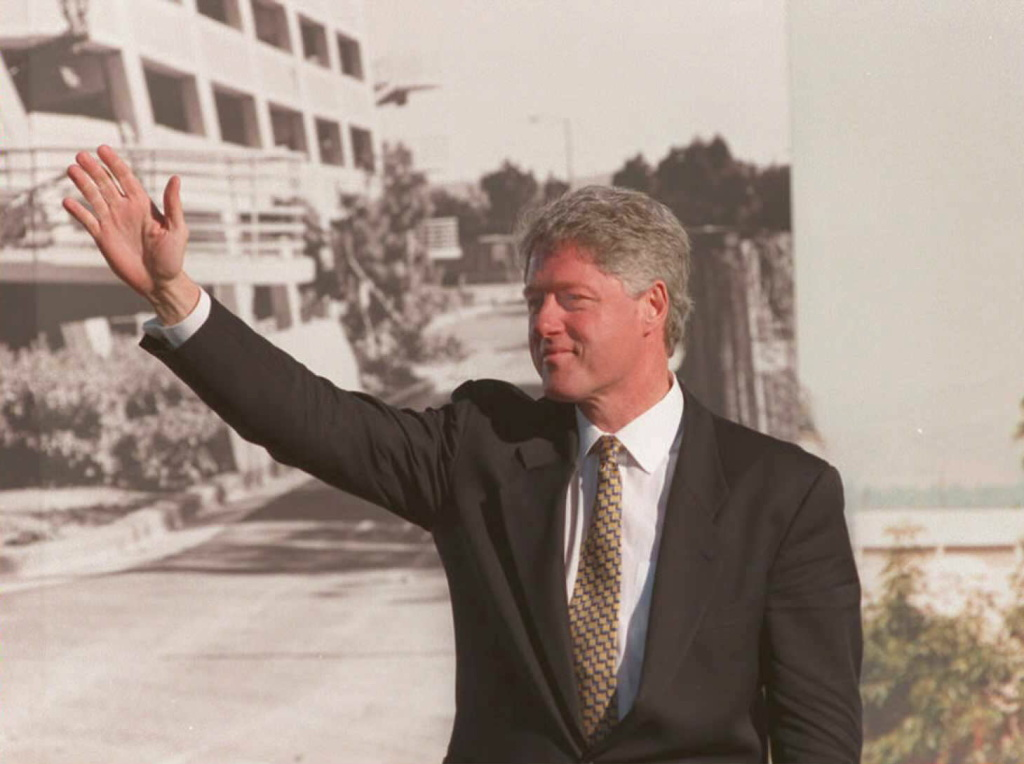 Former President Bill Clinton and Mayor Eric Garcetti will host a Clinton Global Initiative meeting at Los Angeles City Hall this morning.