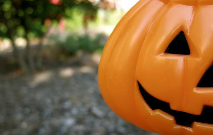 jack o'lantern halloween candy