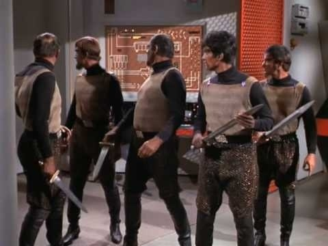 Star Trek - Pawn Against Pawn