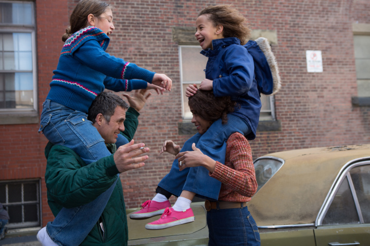 Zoe Saldana and Mark Ruffalo star in Maya Forbes' 'Infinitely Polar Bear'