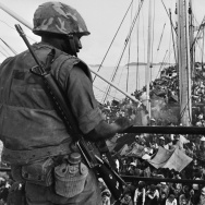 VIETNAM-USA-WAR-REFUGEES-BOAT