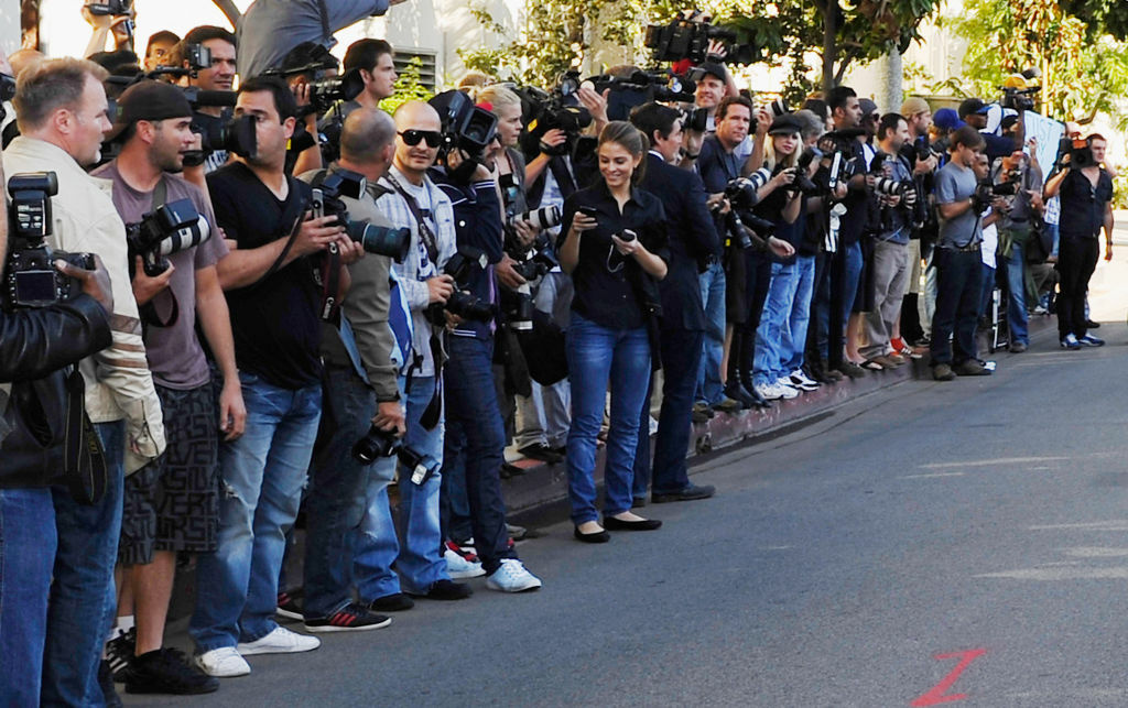 Photographers and members of the media wait outside the side exit of Beverly Hills courthouse for the departure of actress Lindsay Lohan on September 24, 2010 in Beverly Hills, California after the actress was ordered back to jail today for failing a court-ordered drug test. Superior Court Judge Elden S. Fox, who earlier this week revoked the 24-year-old actress' probation, set no bail, pending an October 22 probation hearing, meaning Lohan could spend the next 30 days behind bars.