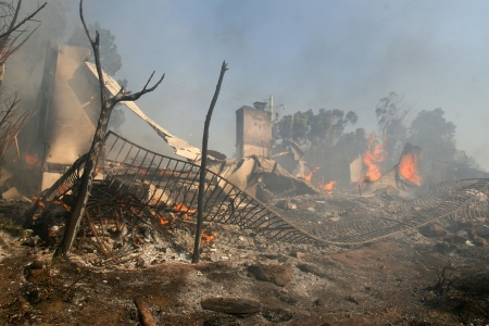 Santa Anna Winds Stoke Wildfires In Southern California