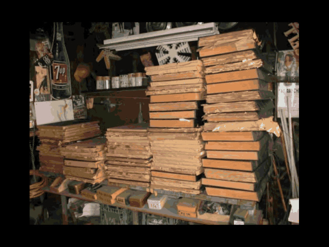 Decaying community newspapers