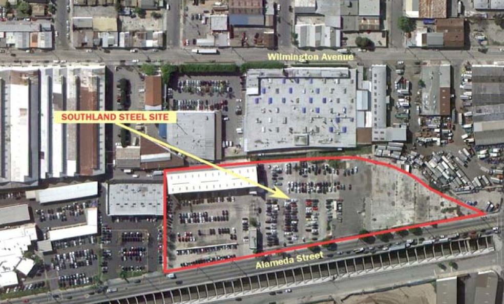 The Environmental Protection Agency says crews will begin excavating Thursday at the location in Huntington Park where steel was made from 1928 until 2002.