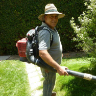 Gardener Martin Gutierres and his leaf blower