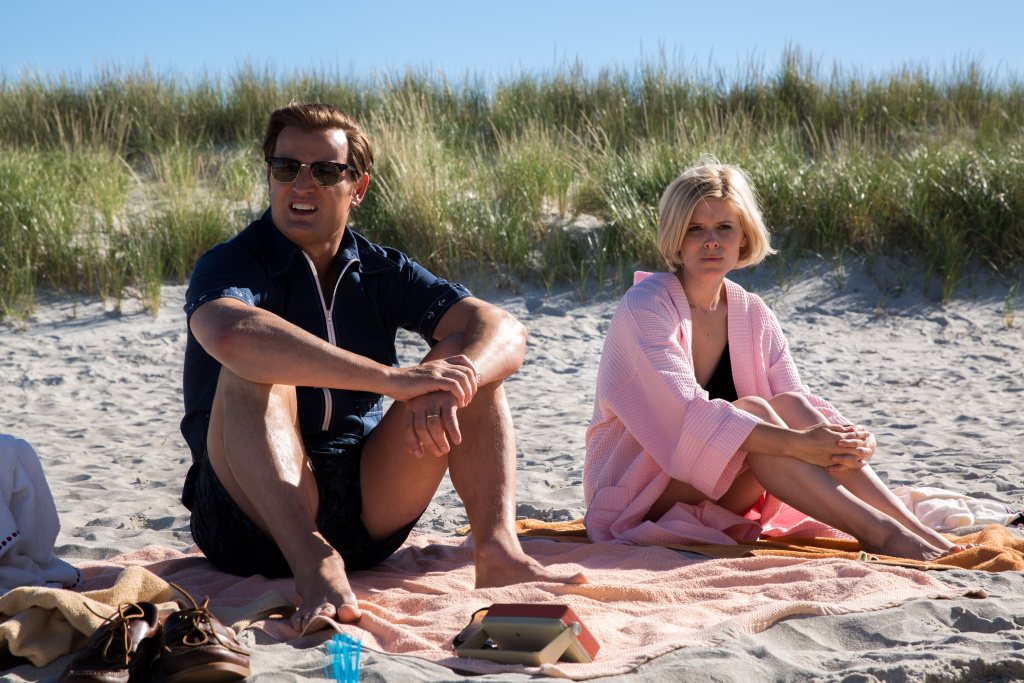 (L-R) Jason Clarke and Kate Mara as Mary Jo Kopechne in Entertainment Studios' CHAPPAQUIDDICK.