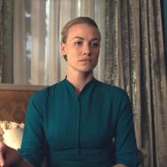 Yvonne Strahovski in The Handmaid's Tale, Hulu