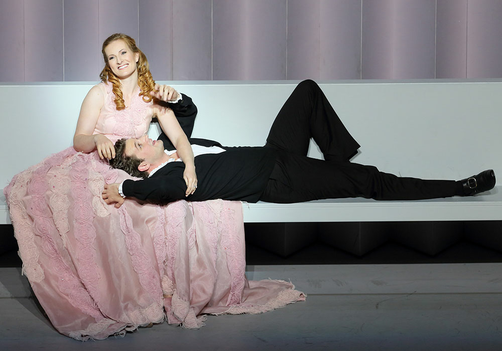 Paula Murrihy and Liam Bonner in the title roles of LA Opera's