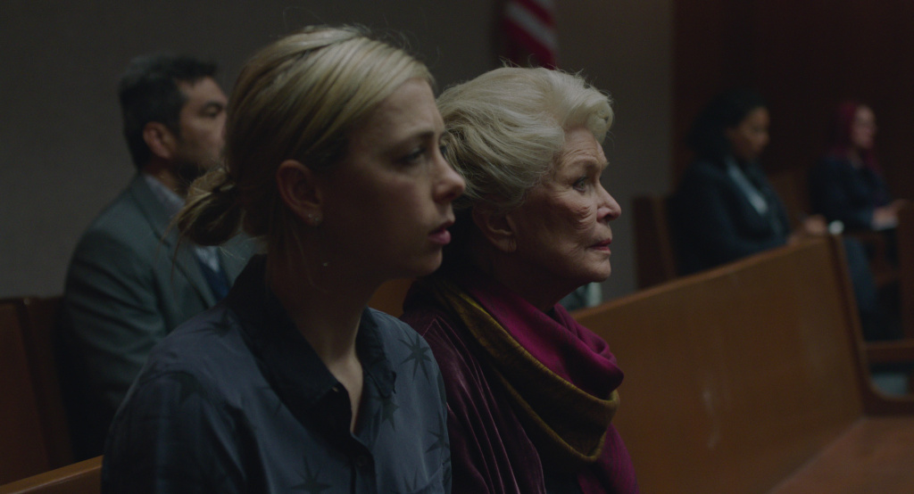 Iliza Shlesinger as Anita and Ellen Burstyn as Elizabeth in