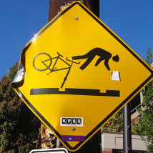 Bike warning sign in Portland, Oregon