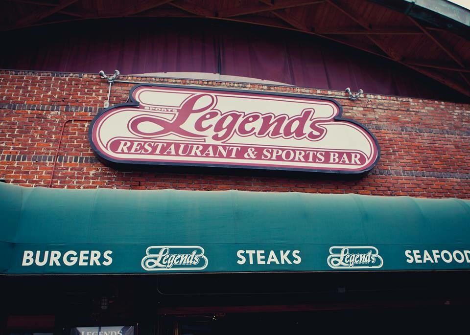 Legends Sports Bar in Long Beach, Calif. is known as a great place to watch hockey.