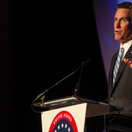 Mitt Romney addresses USHCC in Los Angeles - 1
