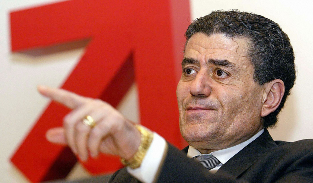 Businessman Haim Saban leads a consortium of US investors in Munich, Germany in 2004.