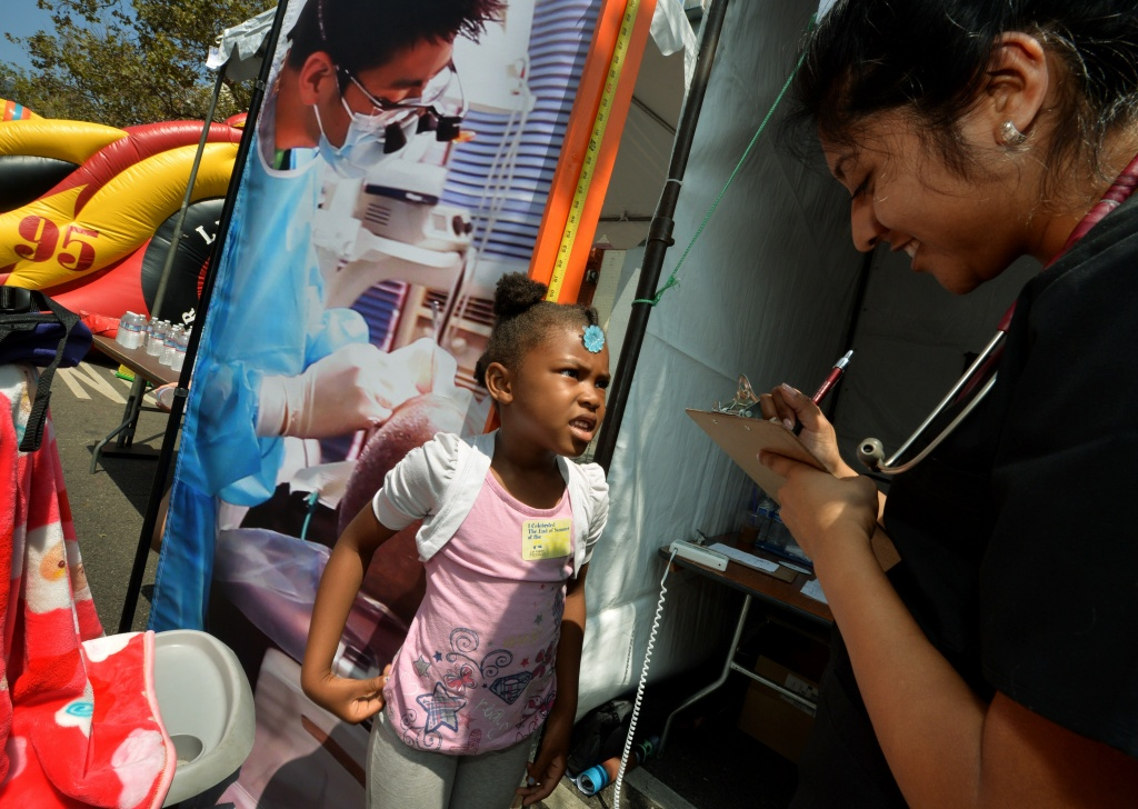 California immigrant kids gain state-funded health care ...