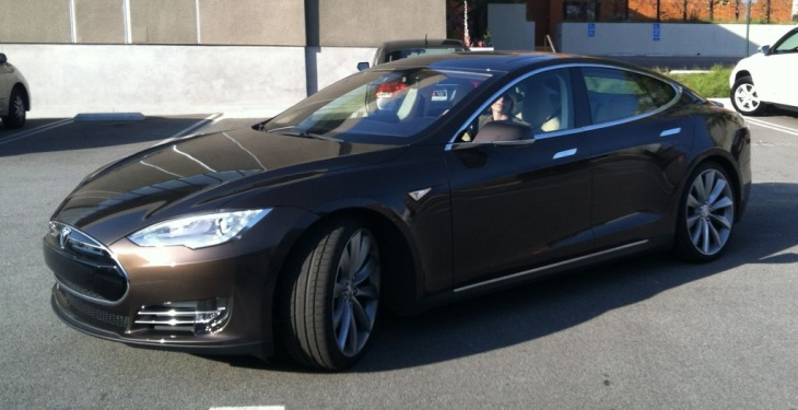 The new Tesla S electric car.