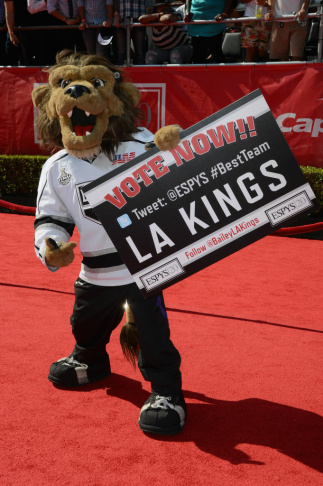 LOS ANGELES, CA - JULY 11:  Sportscaster Chris Berman (R) and Bailey the Los Angeles Kings Mascot arrive at the 2012 ESPY Awards at Nokia Theatre L.A. Live on July 11, 2012 in Los Angeles, California.  (Photo by Jason Merritt/Getty Images)