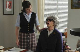 Peggy Olson (Elisabeth Moss) and Miss Blankenship (Randee Heller) in