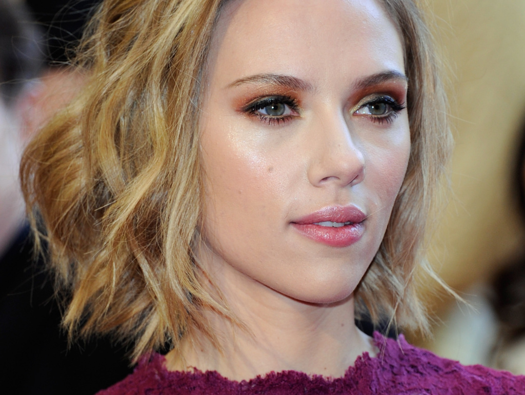 Actress Scarlett Johansson is one of the celebrity victims of the email hacker.