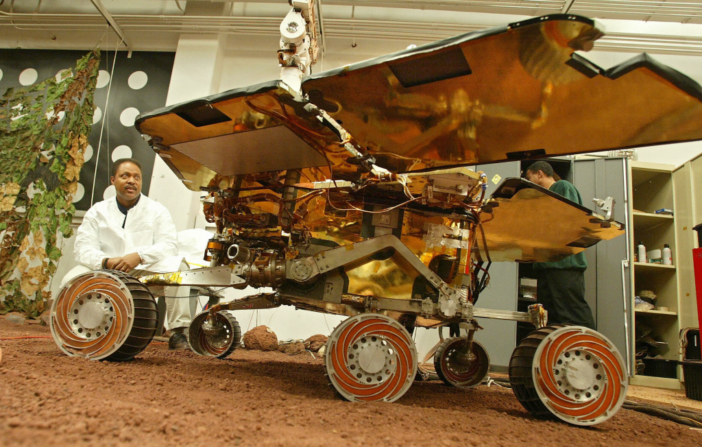 A full-scale functioning model of the Mars rover in the In-situ Instrument Laboratory at NASA's Jet Propulsion Laboratory In Pasadena.