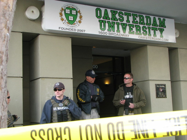 Oaksterdam Entrance