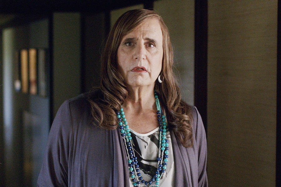 Jeffrey Tambor plays Maura on the new Amazon drama