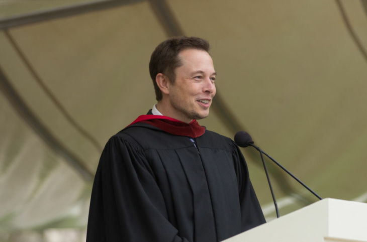 Elon Musk, SpaceX founder, gives his commencement speech to the Caltech graudatiing class during the 118th annual commencement ceremony on June 15, 2012.