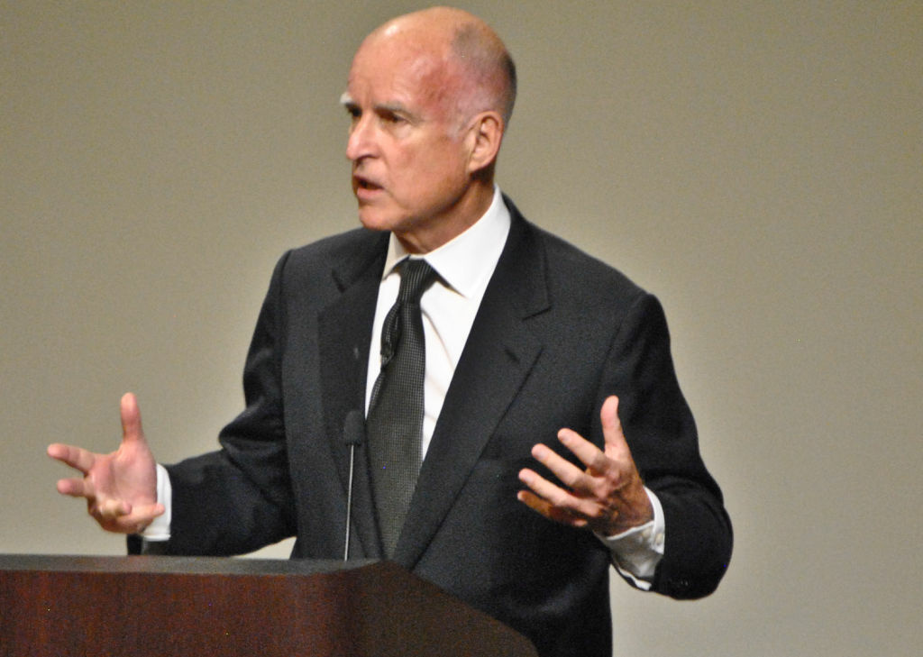 Gov. Jerry Brown will hold a news conference Tuesday in Los Angeles to announce a pension reform deal.