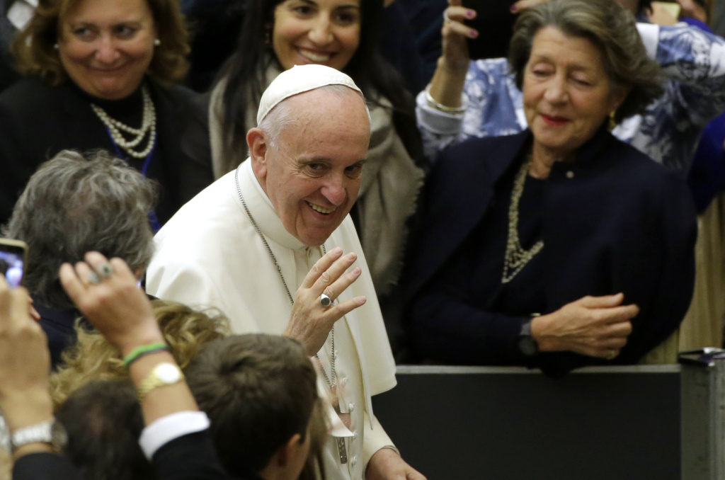 Pope Francis arrives to attend an audience with the representatives of the Union of Catholic Entrepreneurs, in the Pope Paul VI hall at the Vatican, Saturday, Oct. 31, 2015.