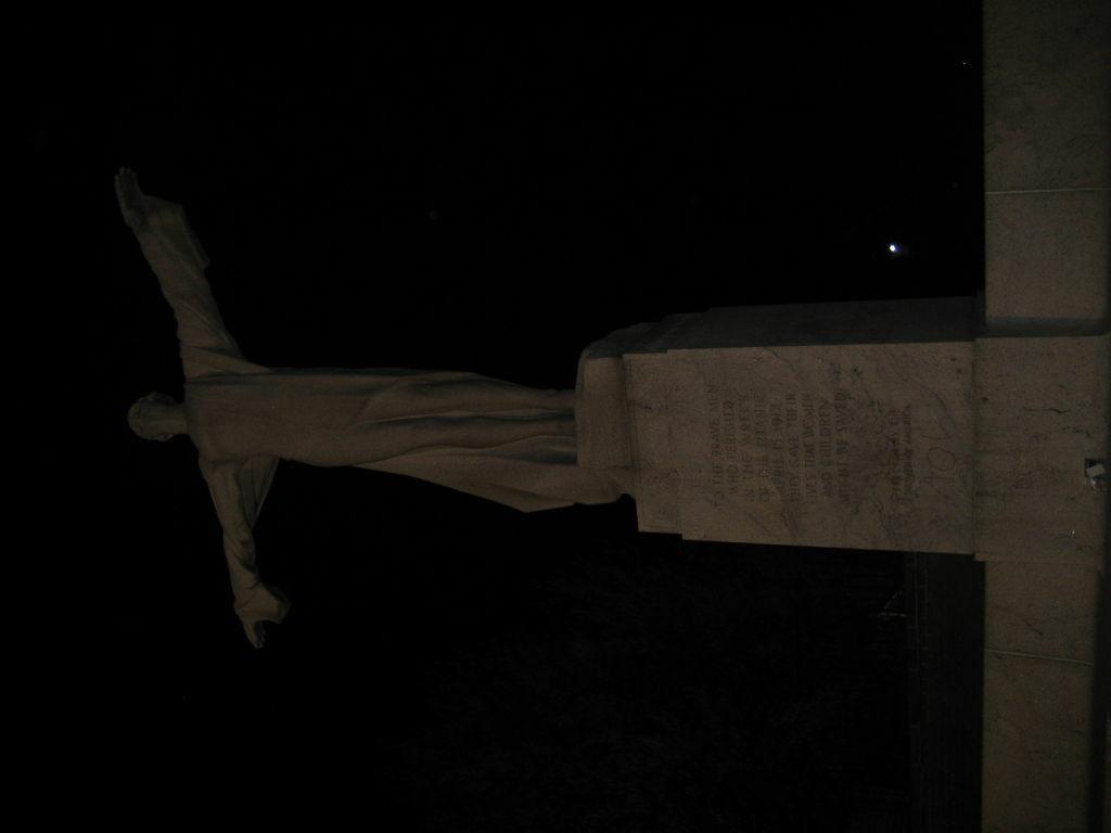 Titanic Statue