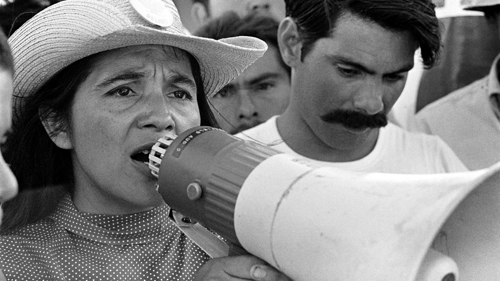 Coachella, CA: 1969. United Farm Workers Coachella March, Spring 1969. UFW leader, Dolores Huerta, organizing marchers on 2nd day of March Coachella. © 1976 George Ballis/Take Stock / The Image Works       NOTE: The copyright notice must include