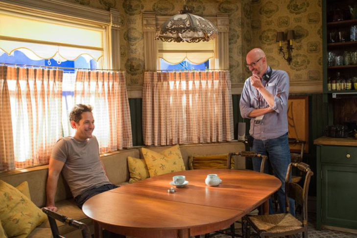 Paul Rudd and director Peyton Reed chat on the set of