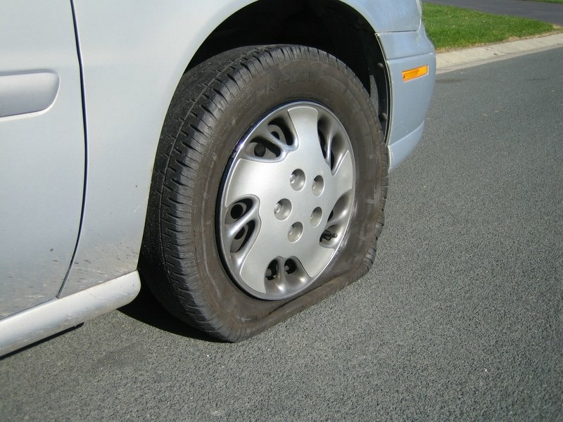 Extreme heat leads to rise in flat tires, spent car ...