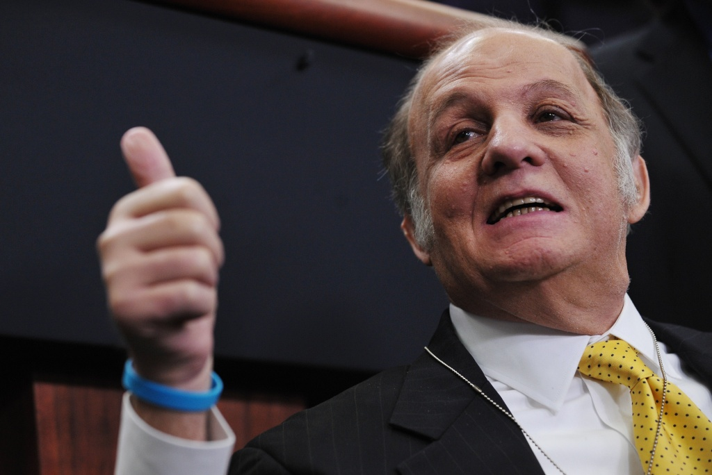 Former White House press secretary James Brady gives the thumbs-up while visiting the Brady Briefing Room at the White House March 30, 2011 in Washington, DC.