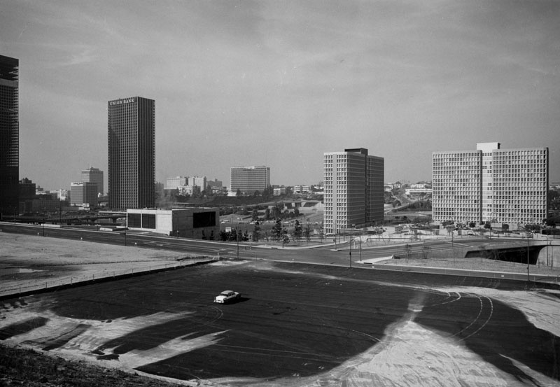 LA looks futuristic in this 1971 view looking southwest from 1st Street and Grand Avenue, showing Bunker Hill yet to be completely redeveloped, but the Bunker Hill Towers and Union Bank can be seen.
