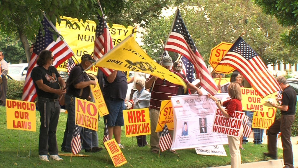 Dueling protests may be the norm for some congresspeople being targeted by groups on opposite sides of the immigration reform debate.