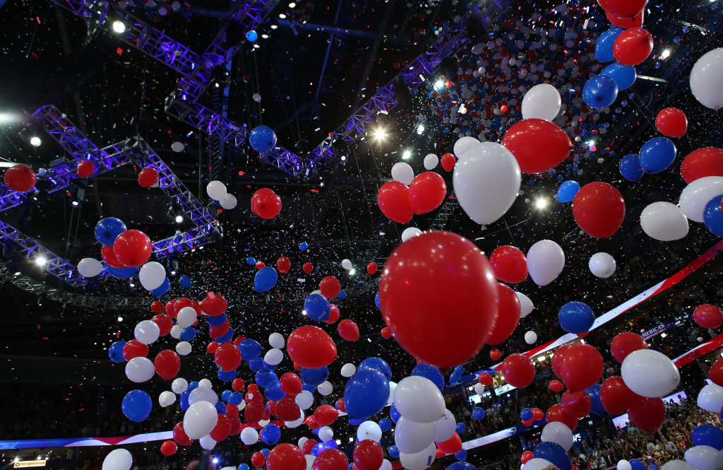 Balloons drop during the final day of the Republican National Convention 2012 (Photo by Chip Somodevilla/Getty Images)