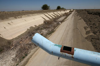 An irrigation canal is left dry on April 19, 2009 near Tranquility, California.