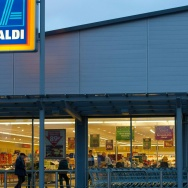 Exterior of an Aldi grocery store.