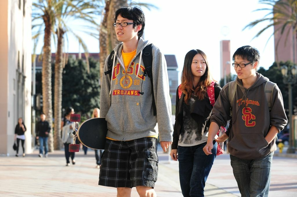 A new report shows that many Chinese-American philanthropists are donating to higher education.