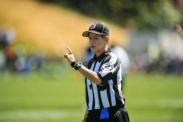 Referee Shannon Eastin.