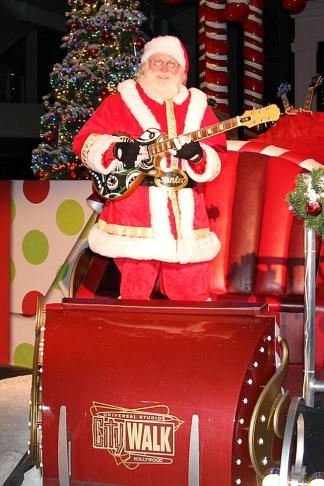 CityWalk Santa