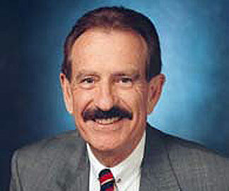 Photo of Jack Kyser, the Founding Economist of the Kyser Center for Economic Research at the Los Angeles County Economic Development Corporation. Taken from the LAEDC website