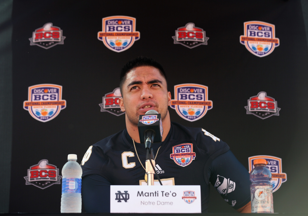 Linebacker Manti Te'o of the Notre Dame Fighting Irish speaks to the media during Media Day ahead of the Discover BCS National Championship at Sun Life Stadium on January 5, 2013 in Miami Gardens, Florida.