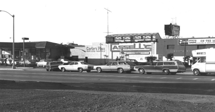 In 1974, during the oil embargo, cars in Southern California line up for gas at a Union 76 station.