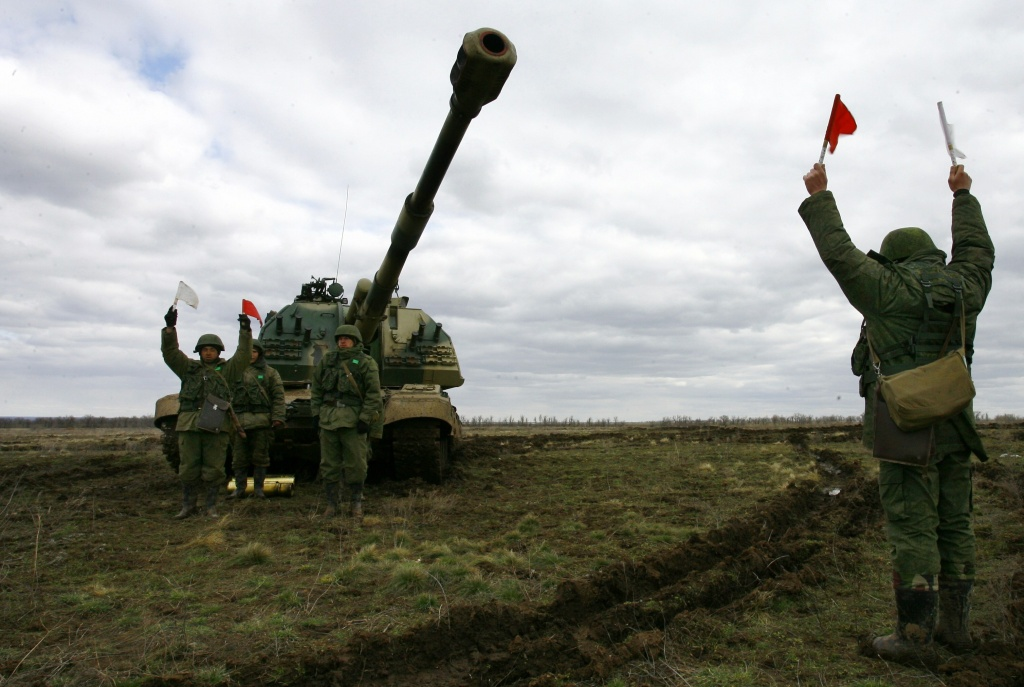 Russian soldiers prepare to fire their Msta-S self-propelled howitzer during military exercises in the southern Russia's Volgograd region, on April 2, 2014. Russian troops deployed close to the Ukrainian border will return to base after completing their exercises, Foreign Minister Sergei Lavrov said today. NATO said yesterday it had stepped back from a floated idea to reinforce the alliance's military presence in countries bordering Russia, preferring for now to suspend cooperation with Moscow and give more time to talks.
