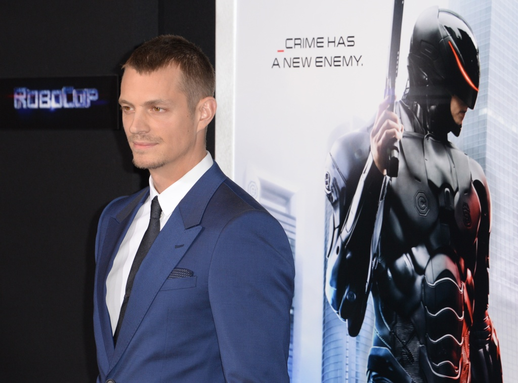 Actor Joel Kinnaman arrives at the Los Angeles premiere of 'Robocop' at TCL Chinese Theatre, February 10, 2014 in Hollywood, California.