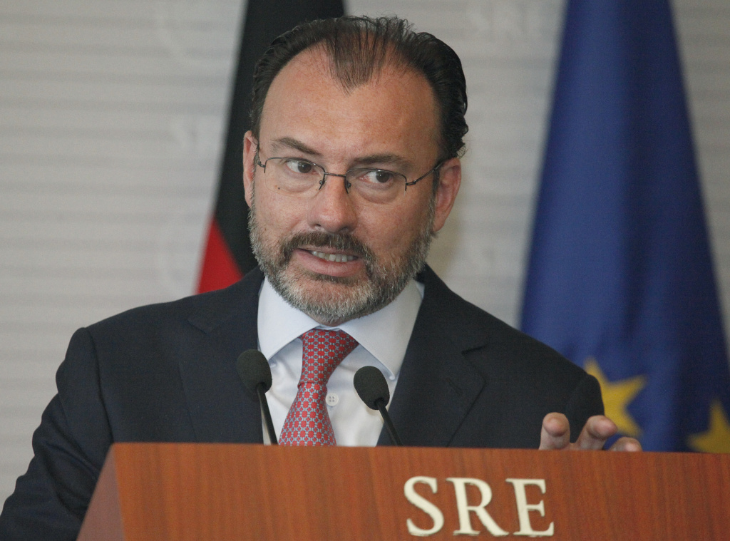 Mexico's Foreign Minister Luis Videgaray speaks during a press conference with Germany's Vice-Chancellor and Foreign Minister Sigmar Gabriel in Mexico City, Friday, May 19, 2017. (AP Photo/Marco Ugarte)